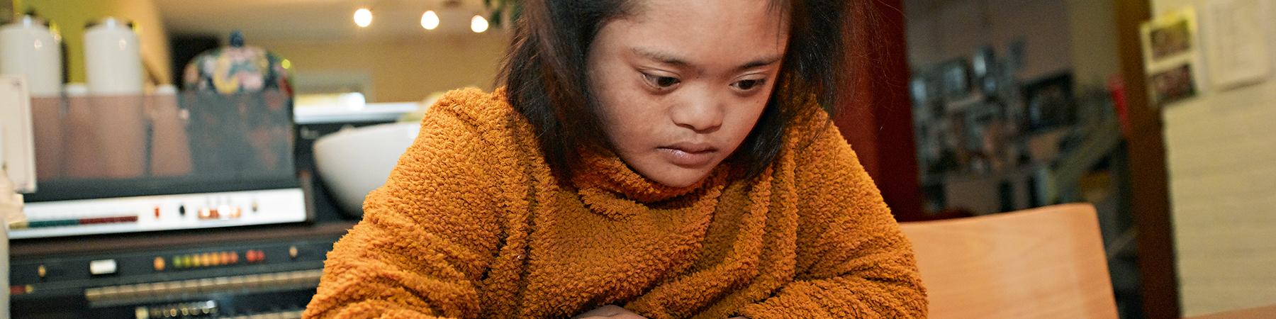MEE sliderafbeelding - meisje met beperking